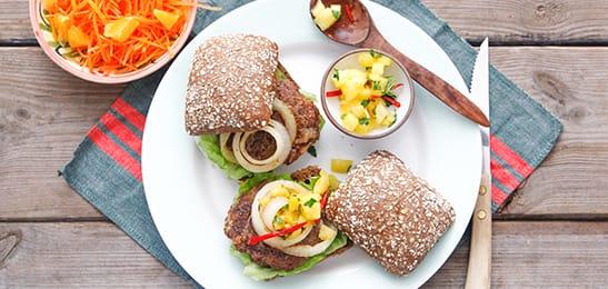 down_underburger_met_ananas-kruidensalsa